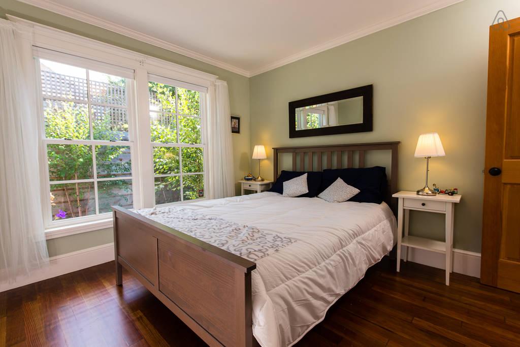 charming cozy gardenia cottage (4)