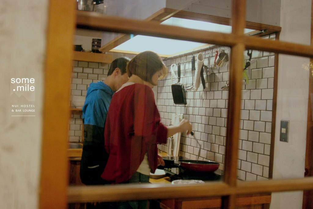 hostel-bar-lounge-review (18)