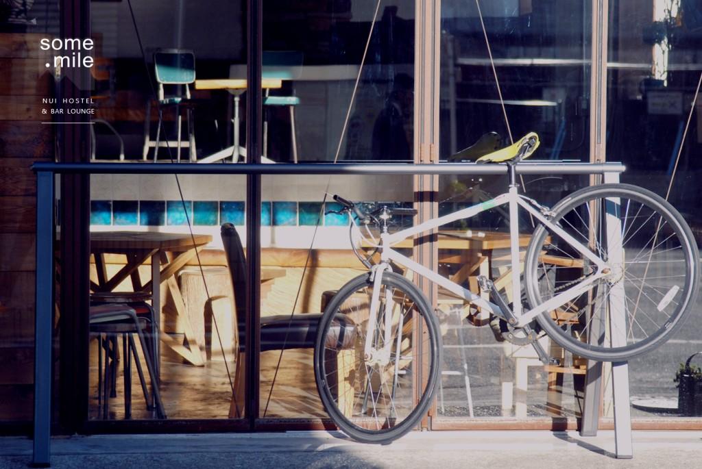 hostel-bar-lounge-review (6)