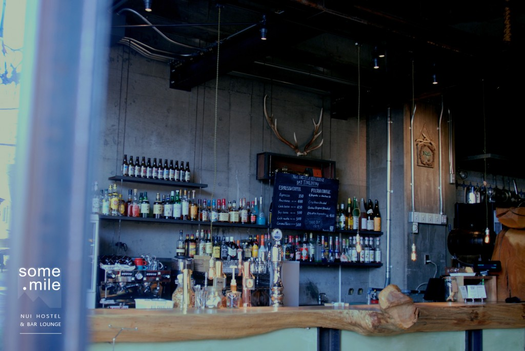 hostel-bar-lounge-review (9)