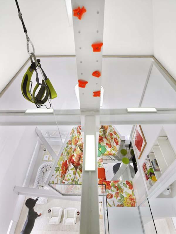 incredible modernized Skyhouse apartment (12)