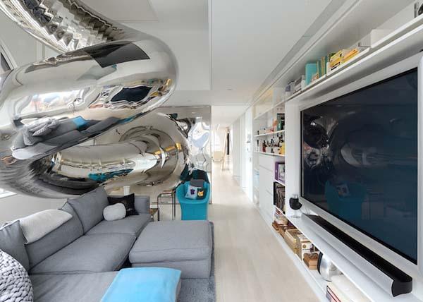 incredible modernized Skyhouse apartment (18)