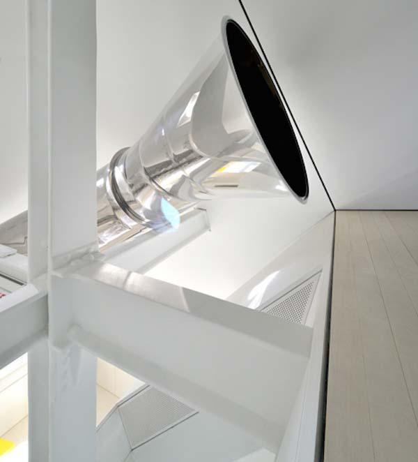 incredible modernized Skyhouse apartment (7)