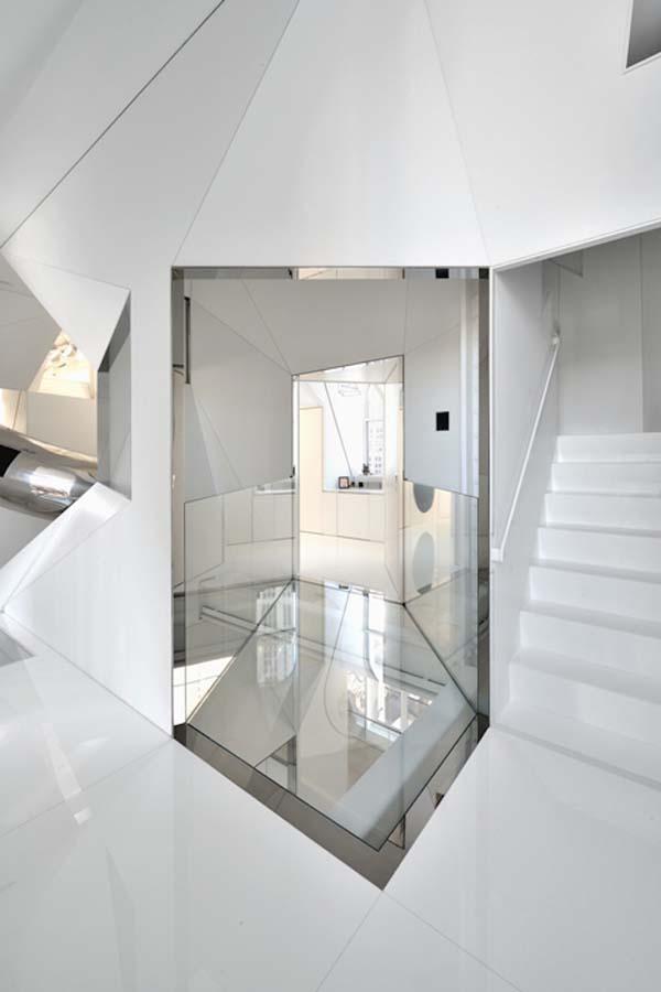 incredible modernized Skyhouse apartment (8)