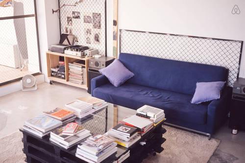 loft industrial apartment in tokyo (3)
