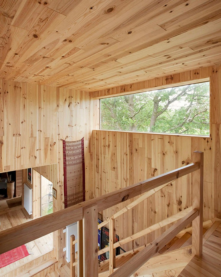 minimalist wooden residence (5)