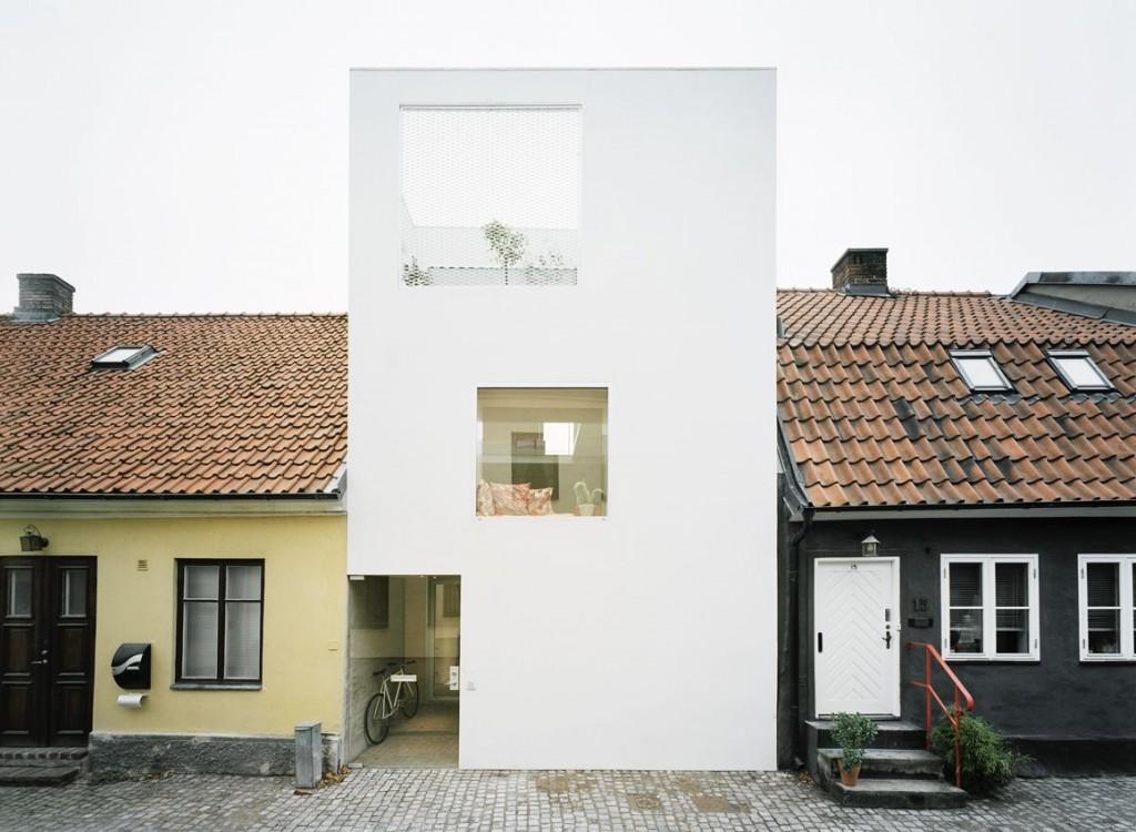 narrow three-level modern minimal house (8)