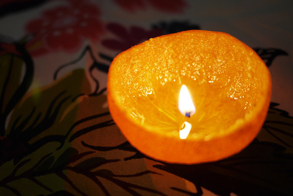 organic-orange-candle