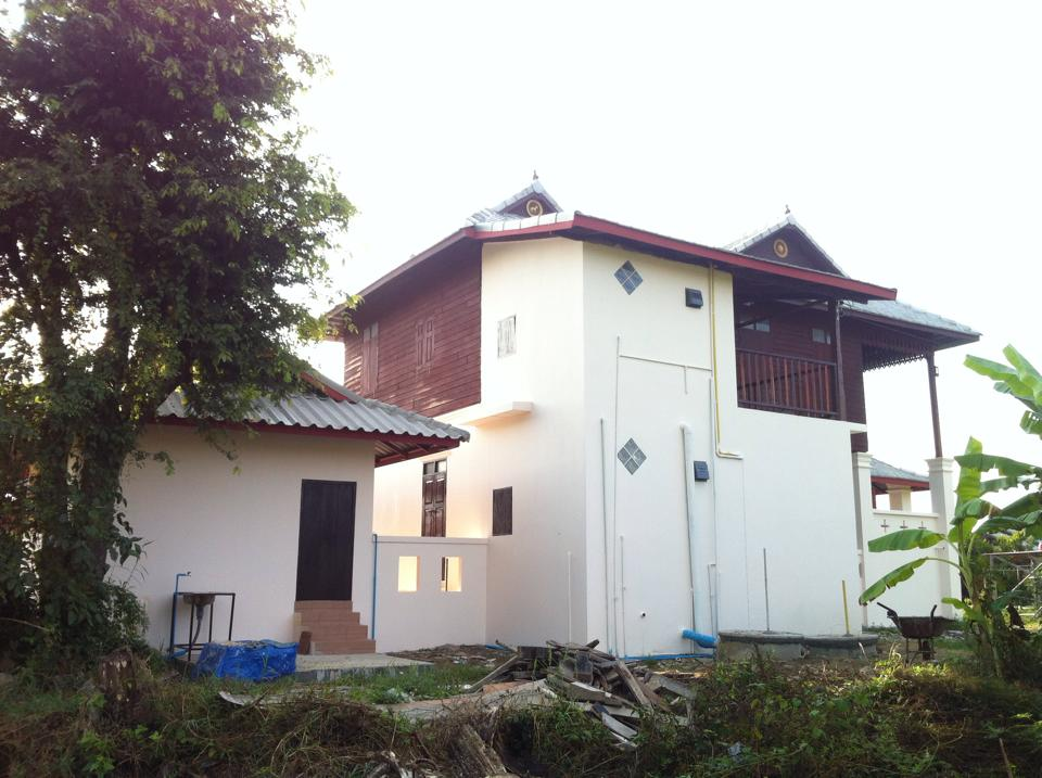 renovated 45yrs thai classical house (51)