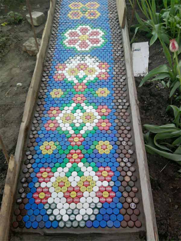 12-beautiful-diy-path-walkway-designs (8)