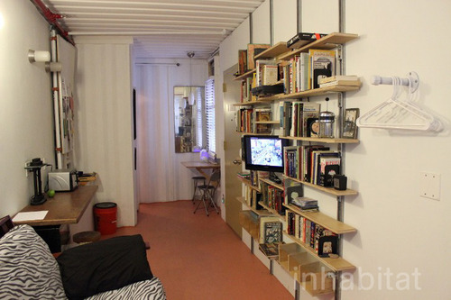 3 storied container house in new york (12)
