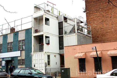 3 storied container house in new york (18)