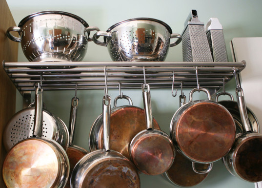 6-ways-to-organize-your-tiny-home (4)