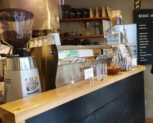 minimal-coffee-shop-stand (12)