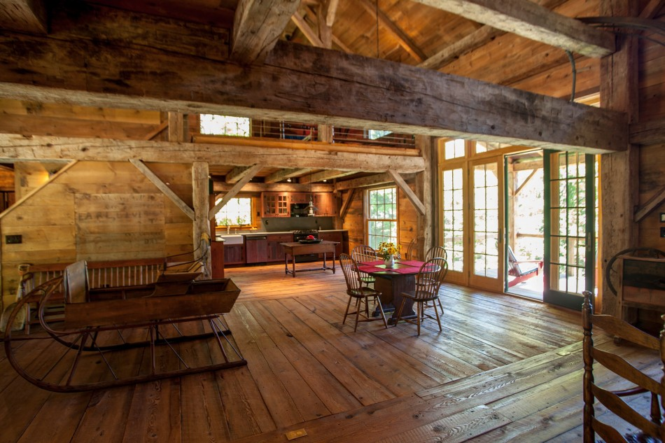 renovated barn house built in 1820s (2)