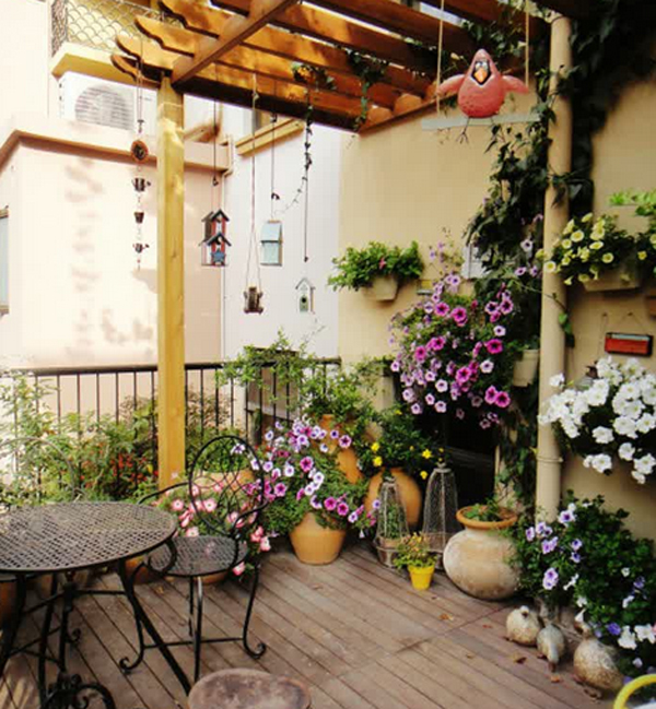 10-most-romantic-balcony-ideas (5)