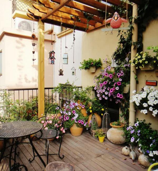 10-most-romantic-balcony-ideas (5)
