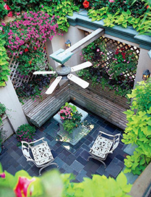10-most-romantic-balcony-ideas (6)