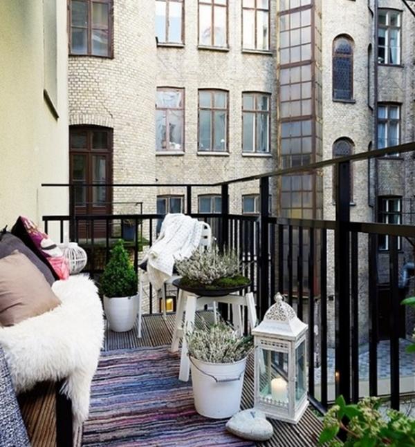10-most-romantic-balcony-ideas (8)