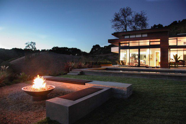 16-Captivating-Modern-Landscape-Designs-For-A-Modern-Backyard-3-630x420