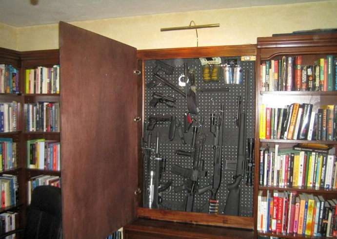17-secret-hiding-places-that-will-fool-even-the-smartest-burglar (7)