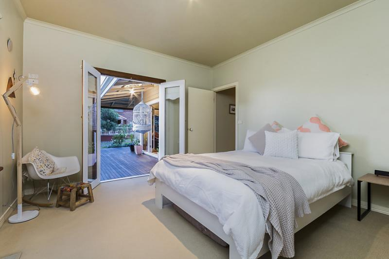 2 bedroom charming natural ambiance house  (5)