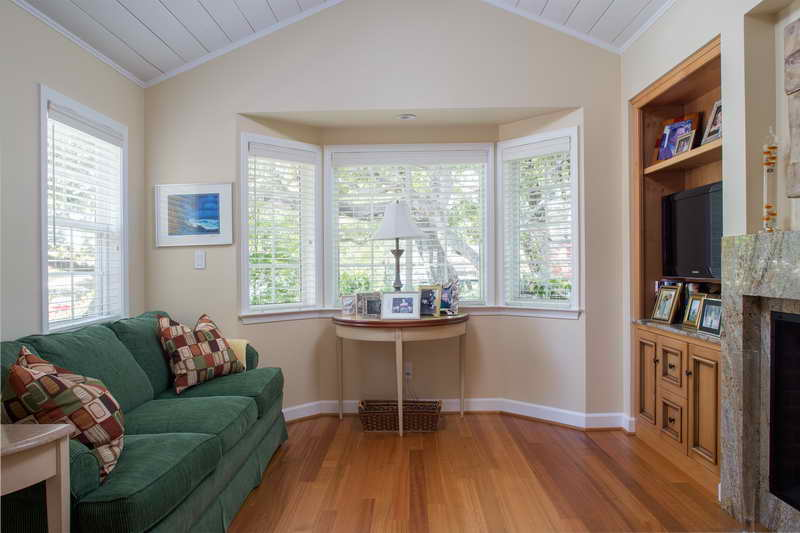 2 bedroom contemporary cottage (10)
