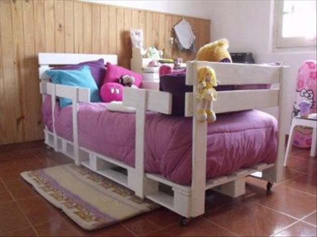 27-pallet-bed-ideas (1)