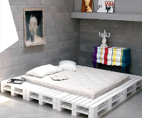 27-pallet-bed-ideas (19)