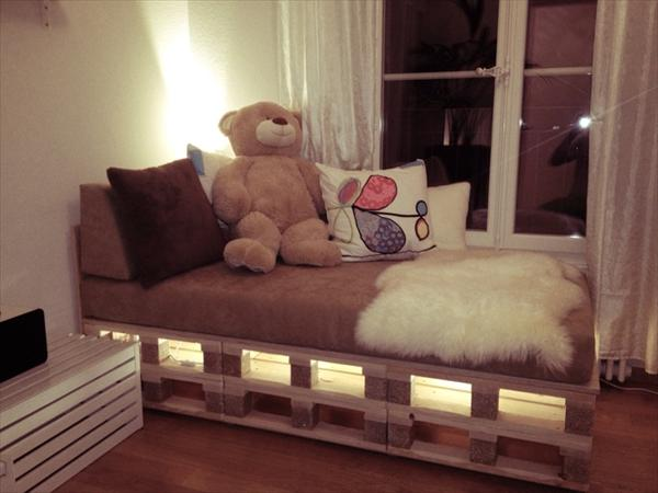27-pallet-bed-ideas (21)