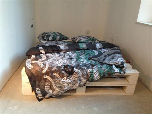 27-pallet-bed-ideas (3)