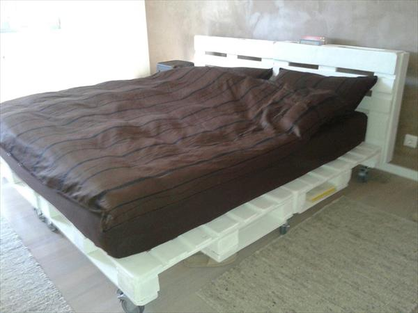 27-pallet-bed-ideas (7)