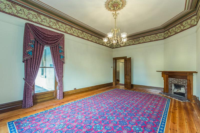 4 bedrooms classical house (10)