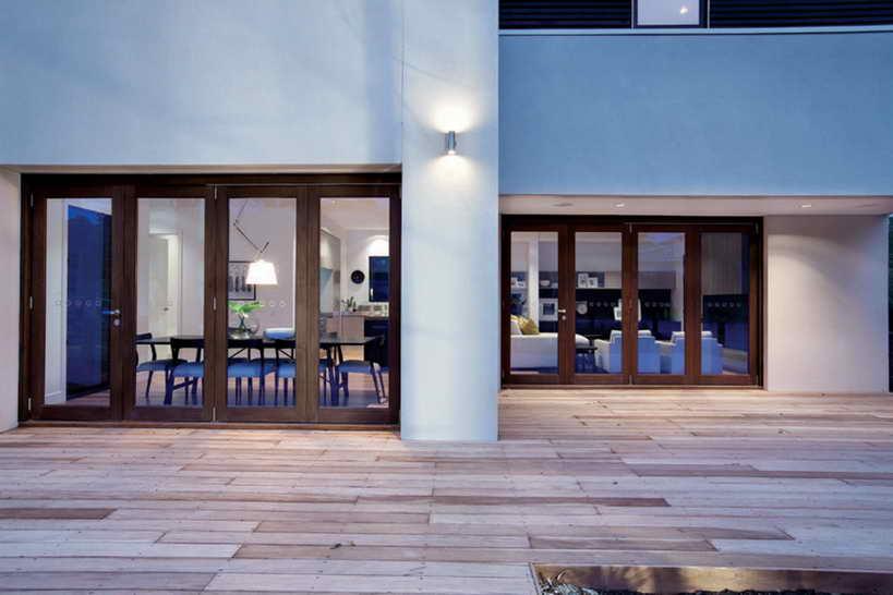 elegant modern 2 storied house (13)