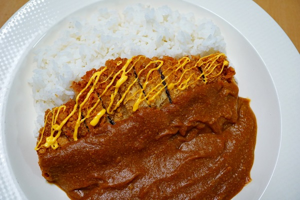 fried-pork-curry-rice-with-cheese (1)