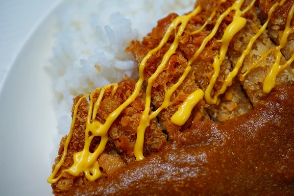 fried-pork-curry-rice-with-cheese (17)