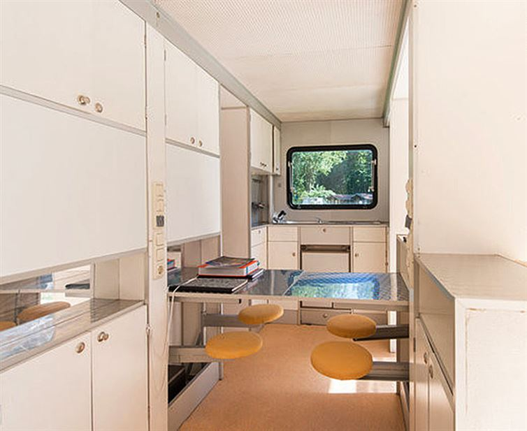 mobile house for camping (11)