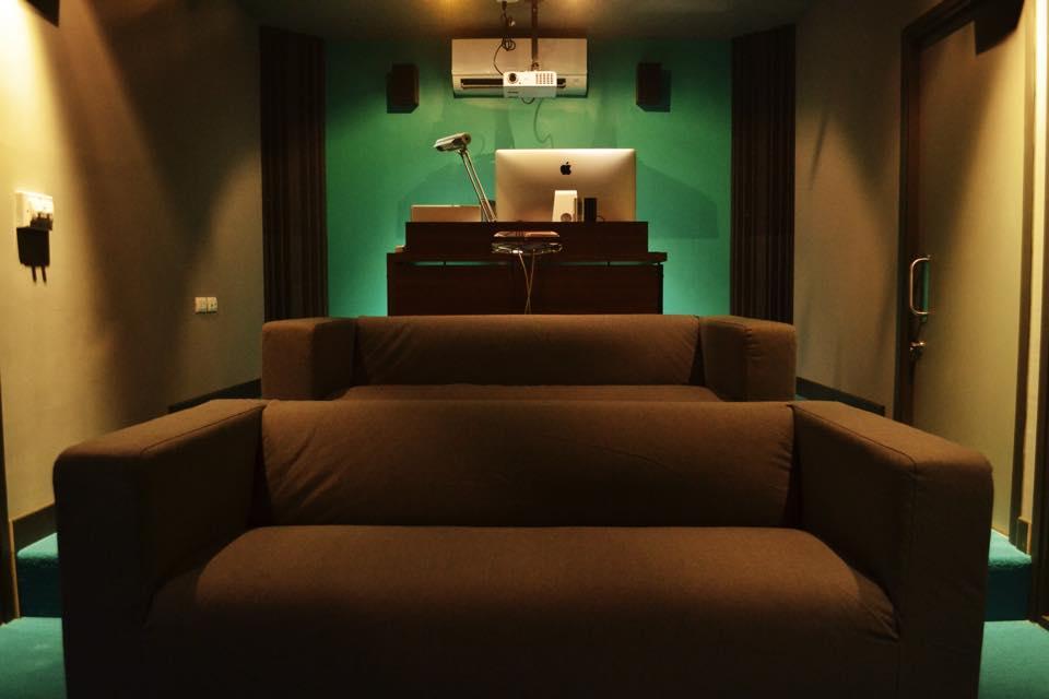 remodel home to semi-theater studio  (23)