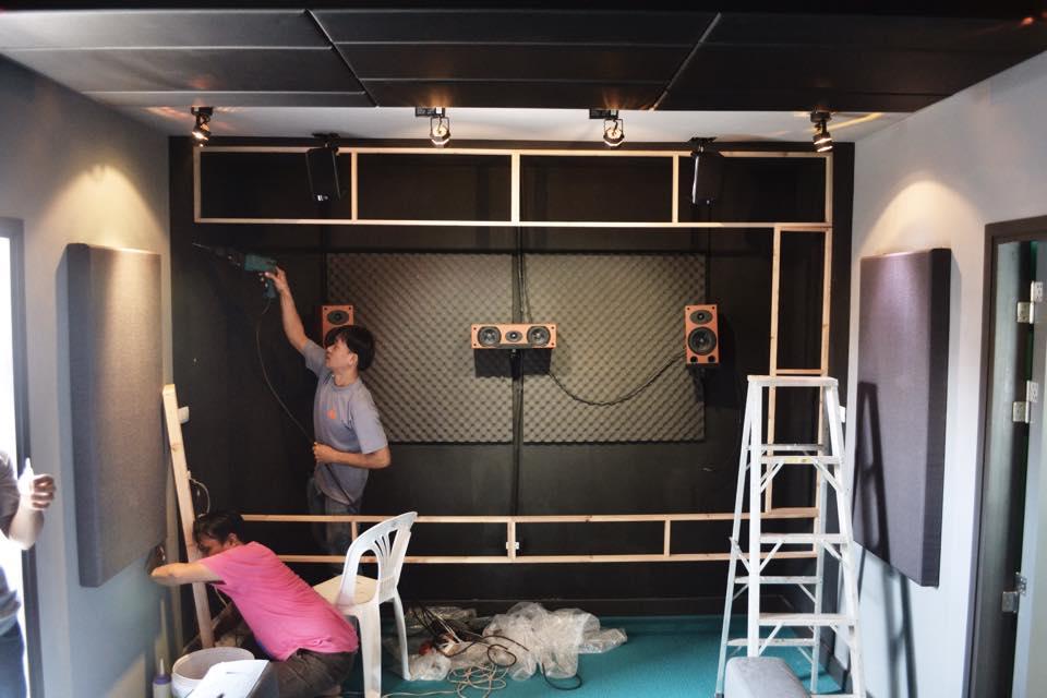 remodel home to semi-theater studio  (24)