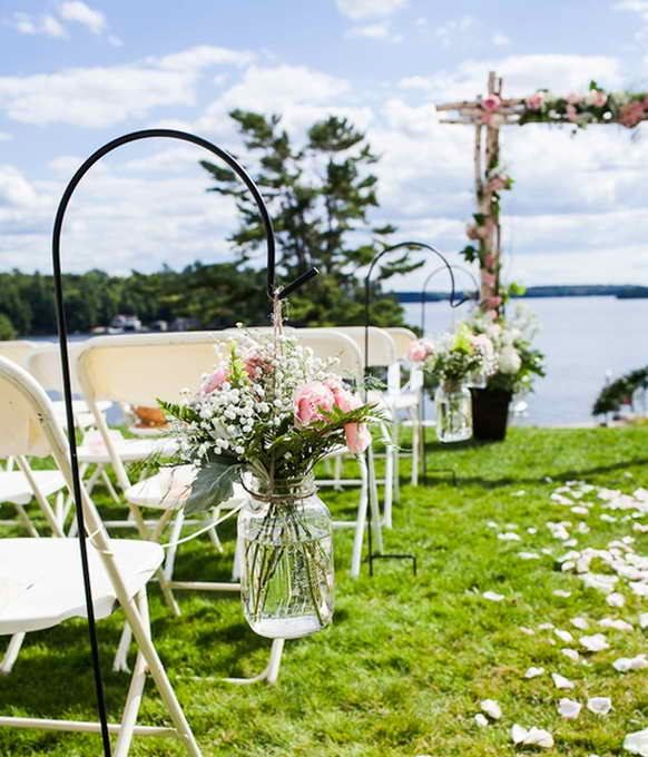 15-wedding-garden-decorations-with-flower-themes (11)