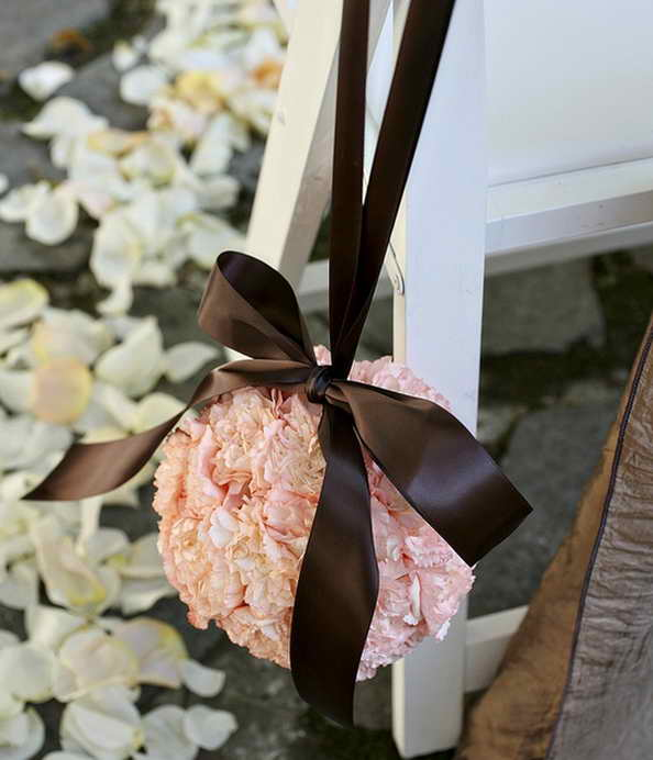 15-wedding-garden-decorations-with-flower-themes (14)