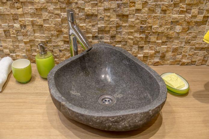 2 sq mts earth tone restroom (12)
