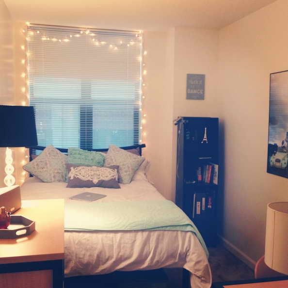 20-comfortable-dorm-room-ideas (7)