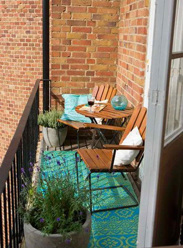 35-small-balcony-gardens (12)