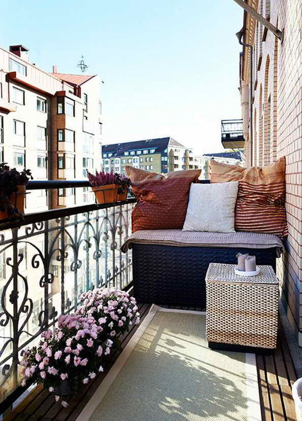 35-small-balcony-gardens (13)