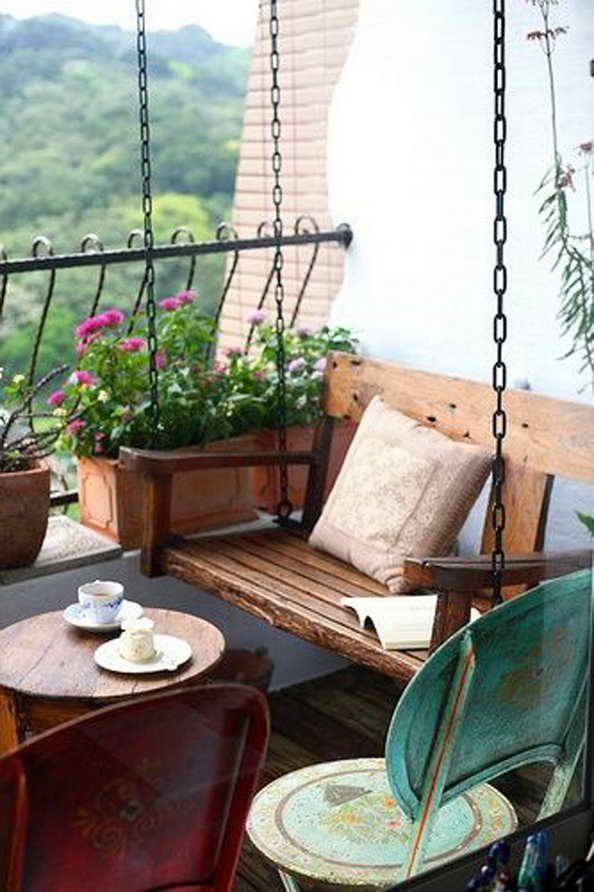 35-small-balcony-gardens (14)
