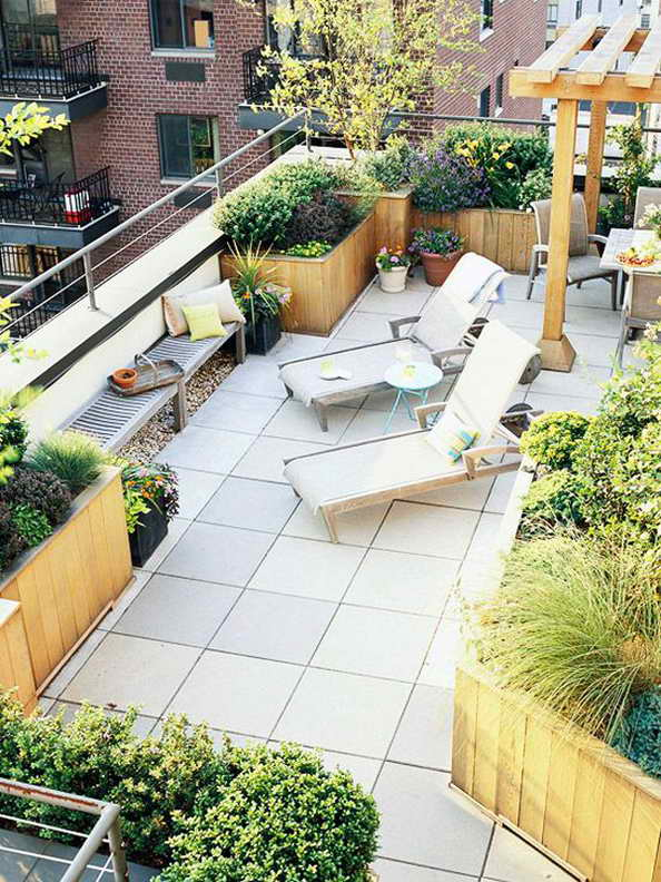 35-small-balcony-gardens (17)