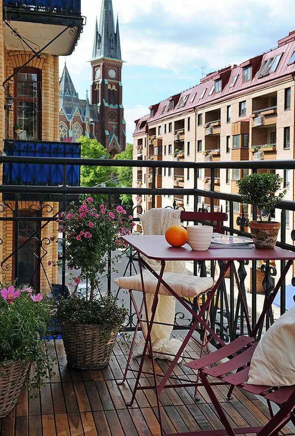 35-small-balcony-gardens (21)