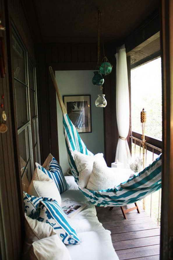 35-small-balcony-gardens (23)