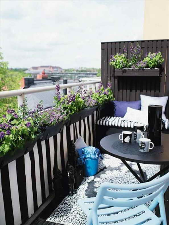 35-small-balcony-gardens (28)